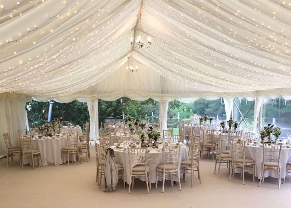 weeding_marquee_neutral_decoration_luxe